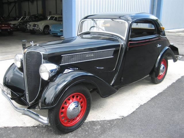 1938 Rosengart Grand Lux Coupe SOLD