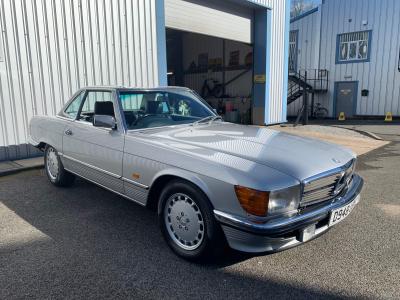 1986 Mercedes 300SL (W107)